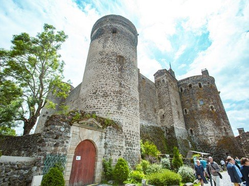 La forteresse de Saint-Vidal à nouveau mise à l'honneur sur France 2