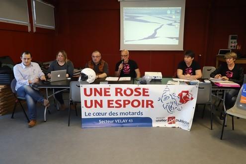 Opération Une Rose un espoir pour lutter contre le cancer samedi 27 avril