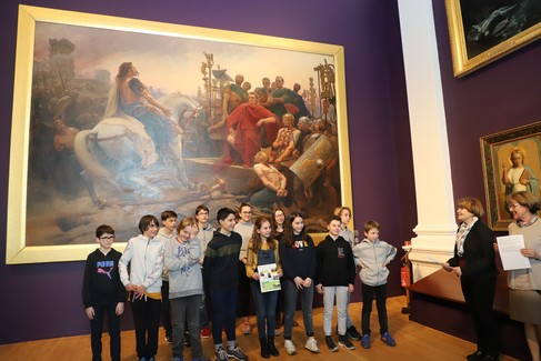 Les élèves de la classe « musée » du collège  Jules Vallès, au Puy-en-Velay, primés  par « Le Petit Léonard »