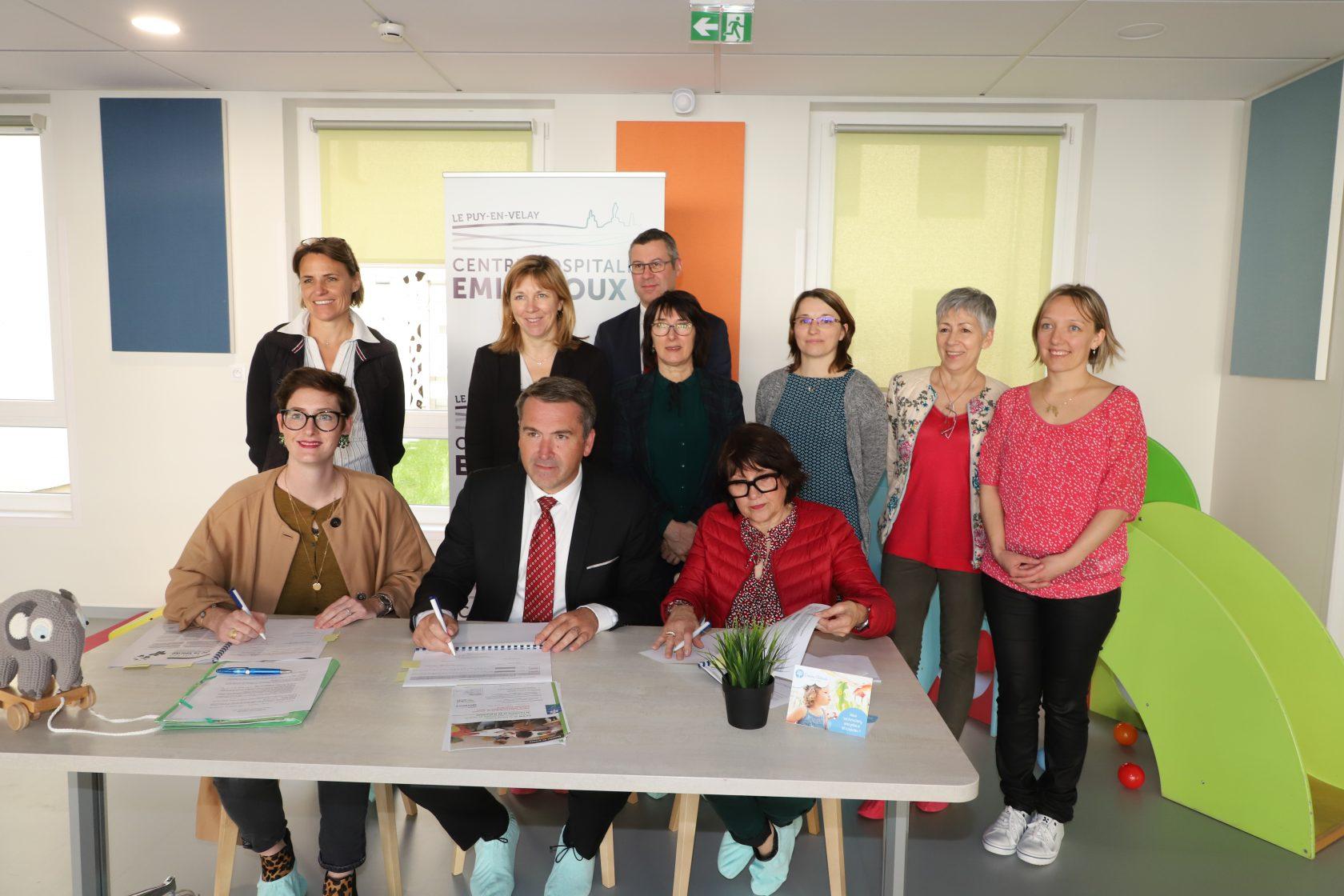 Signature du Contrat Enfance Jeunesse avec la crèche hospitalière du centre hospitalier Emile Roux