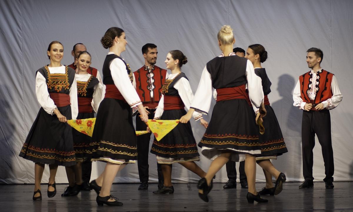 Prenez la route de la danse des Balkans au Palais des Spectacles